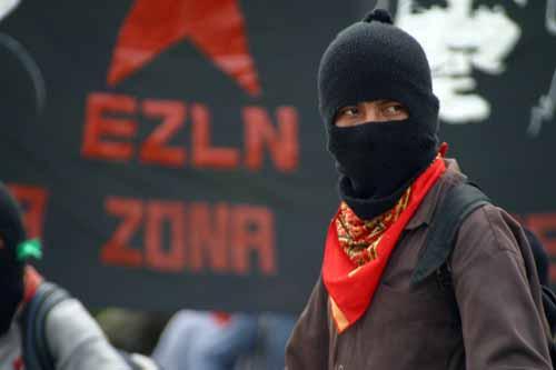 Zapatistas denuncian ataque armado de paramilitares en la comunidad autónoma Comandante Abel.