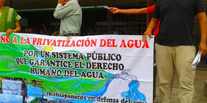 Tuxtla Gutiérrez: Piden a Manuel Velasco, se pronuncie y actué en consecuencia con respecto a la crisis financiera del sistema municipal de agua potable y alcantarillado.