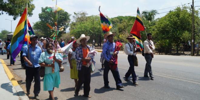 «Los gobiernos tenían la obligación de consultarnos antes de vender el territorio», Caminata por la paz y la unión de los pueblos.