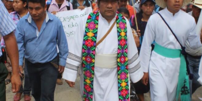 Continúan amenazas a la vida del sacerdote Marcelo Pérez e integrantes del Pueblo Creyente y Consejo Parroquial de Simojovel