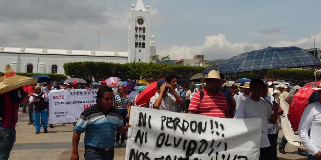 Docentes de la sección siete de la CNTE, inician paro general de labores en Chiapas