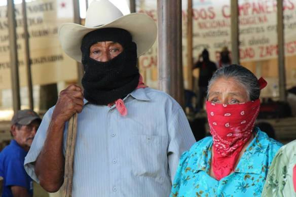 Responsabilizan a los gobiernos de Peña, Velasco y Albores, por ataque paramilitar a comunidades zapatistas.