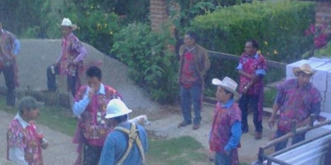 Comunidad adherente a la Sexta en Zinacantán denuncia corte de agua, electricidad y teléfono.