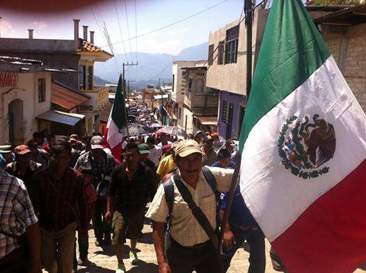 Chiapas: «ZAPATA VIVE en Ejido Tila, abajo y a la izquierda», afirman  en marcha conmemorativa.