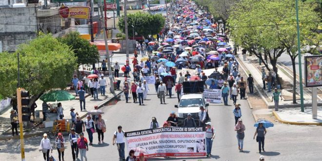 """""""Destitución de supervisor y jefa de sector de telesecundarias"""", exigen en Bochil Chiapas."""