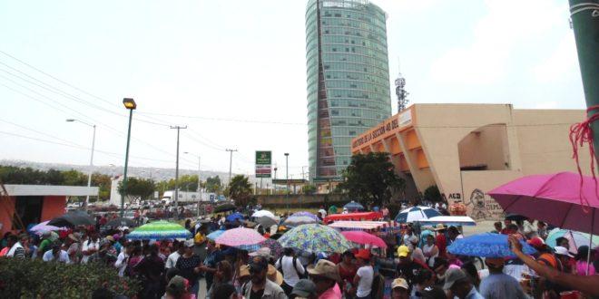 """CNTE Chiapas vs """"charros del SNTE y gobiernos estatal y federal"""", ante próximo Relevo Seccional, alertan maestros disidentes"""