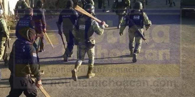 Michoacán: Guardia Nacional «reprime a cientos de manifestantes, realizando incluso múltiples disparos»