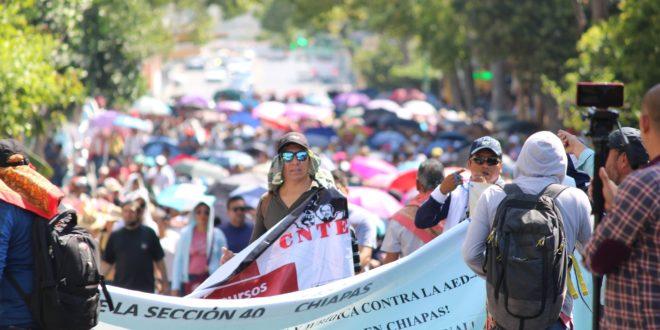 """AED_CNTE Chiapas, denuncia """"notas periodísticas que criminalizan a los críticos del actual régimen"""""""