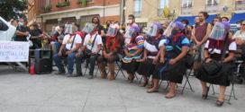«¡Hasta la vida siempre!»  Festejan la llegada del Escuadrón zapatista en su primera etapa en Francia