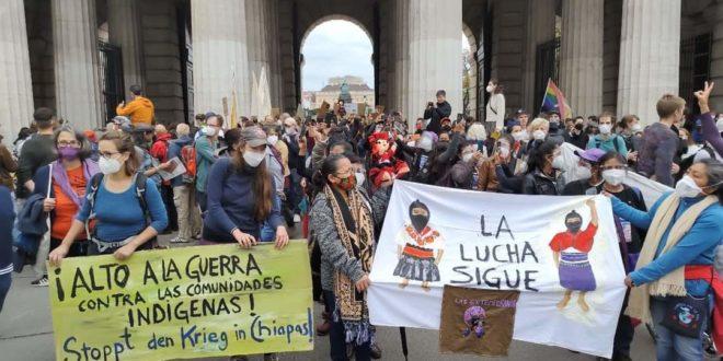 EZLN, CNI y FPDTA en la protesta de la huelga climática en Viena, Austria
